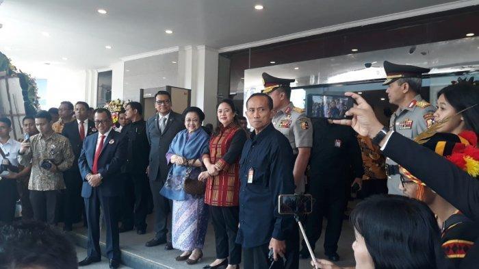 Megawati Hadiri Pengukuhan Yasonna Jadi Guru Besar PTIK