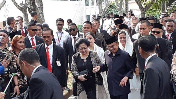 Megawati: Berikan Penghormatan Terbaik Untuk BJ Habibie