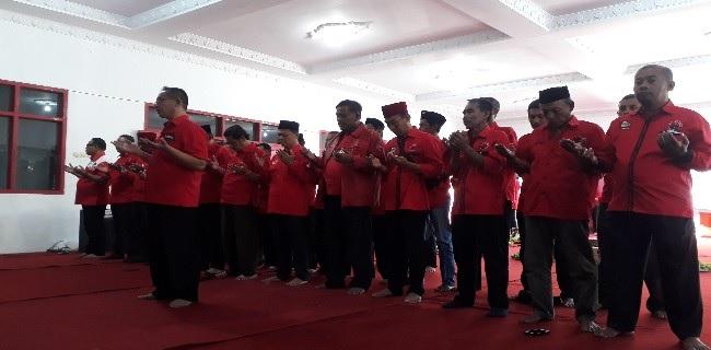 DPC Demak Sholat Ghoib & Doa Bersama Bagi BJ Habibie