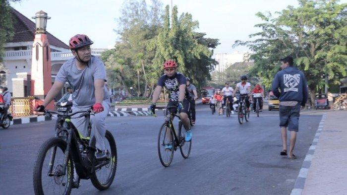 Hendi Ajak Pejabat Pemkot Gunakan Sepeda
