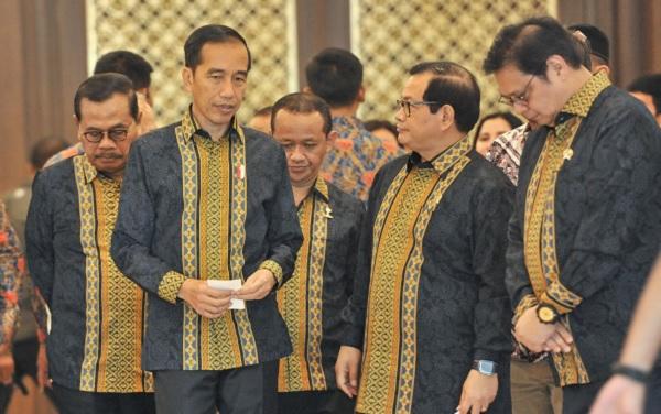 Presiden Minta Pengusaha Muda Tak Tergantung Proyek APBN