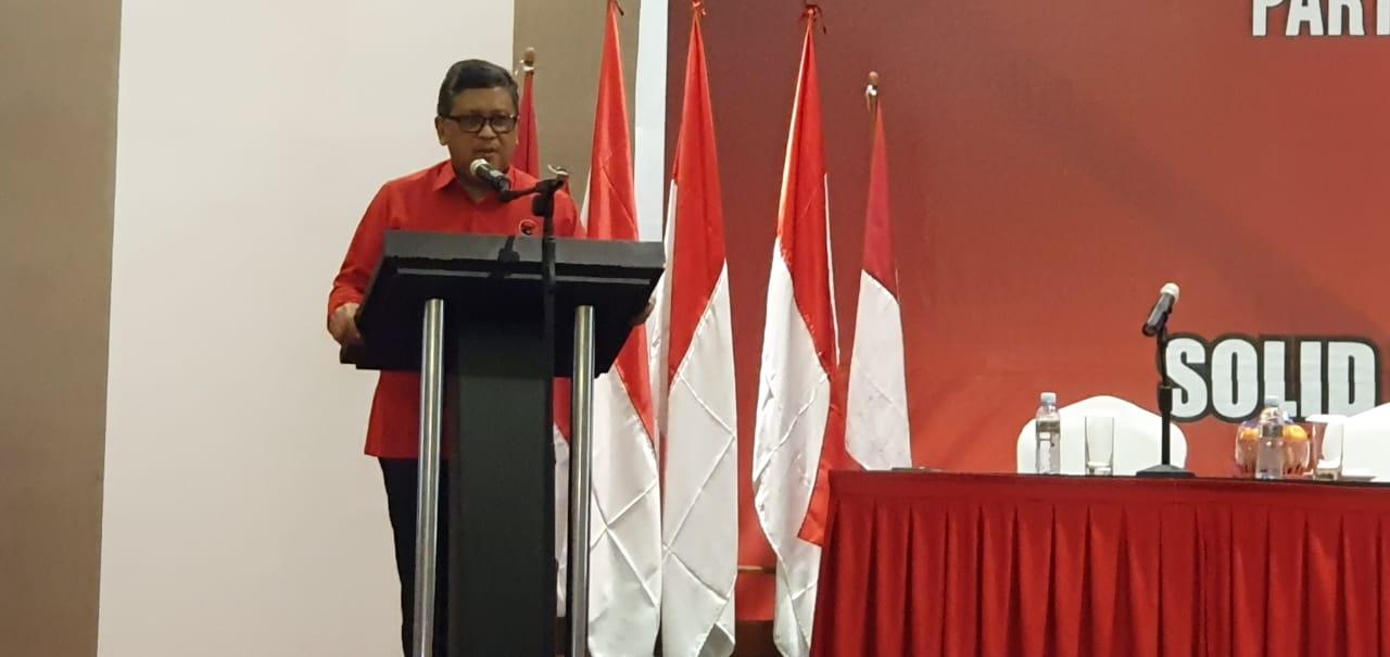 Hasto Bawa Pesan Khusus Megawati untuk Cakada Babel