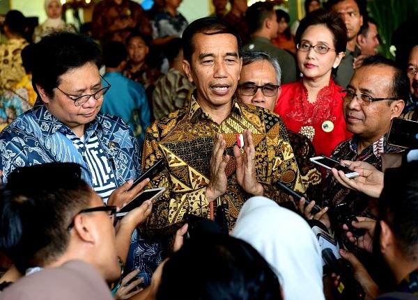 Jokowi Akui Relawan Usulkan Pelantikan Dimajukan, 19 Oktober