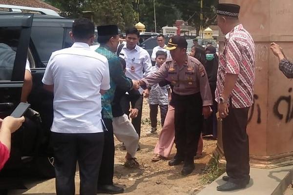 Penusukan Wiranto, Teror Jelang Pelantikan Jokowi-Ma'ruf