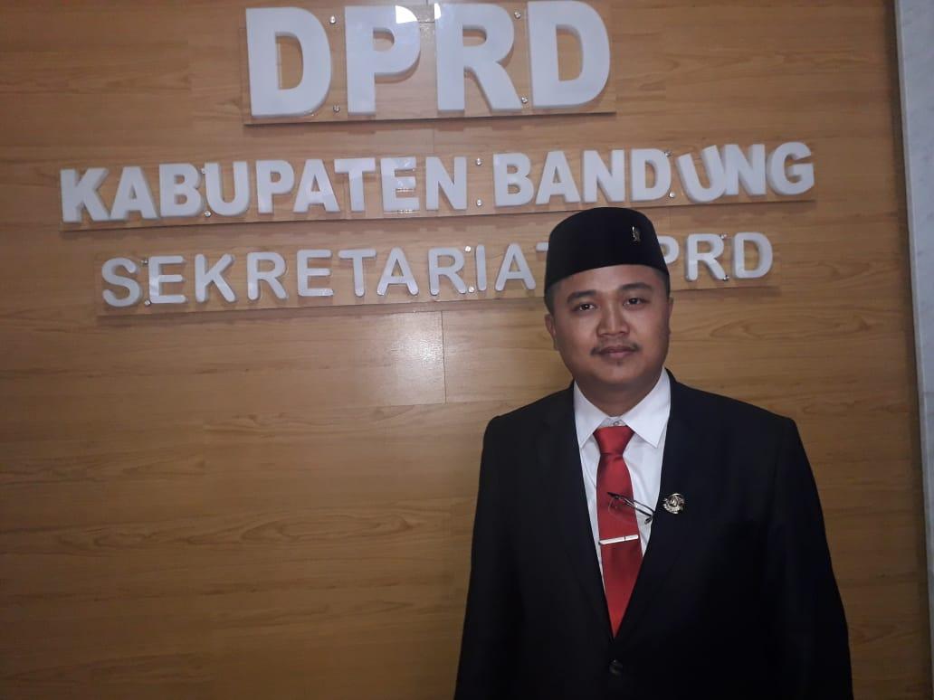 Baguna Siap Rebosiasi Bekas Karhutla di Kabupaten Bandung