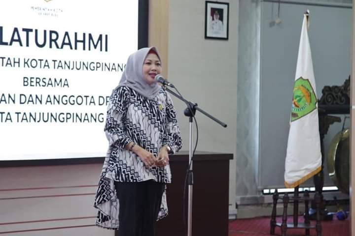 Yuniarni Tagih Janji Politik Syahrul-Rahma