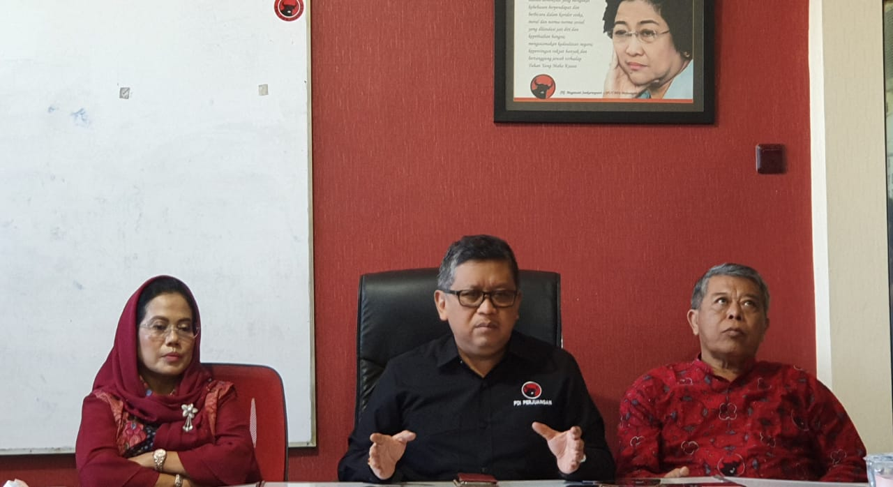 PDI Perjuangan Persilakan Presiden Jokowi Tentukan Momentum