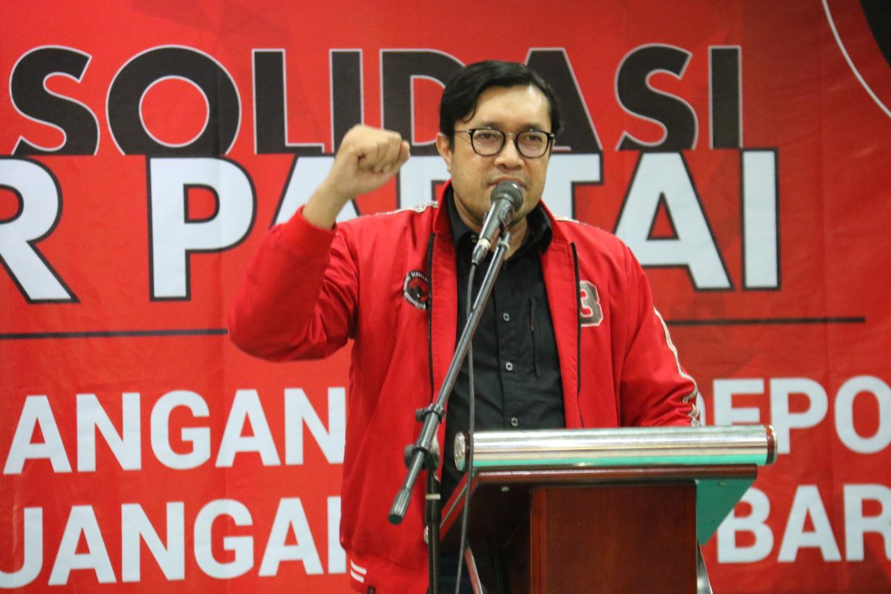PDI Perjuangan Minta Kang Emil Tingkatkan Komunikasi