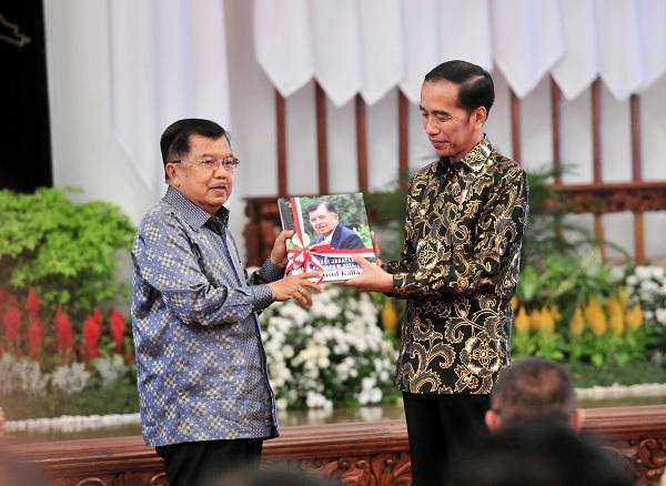 Presiden Terpilih Jokowi Minta Maaf Kepada Kabinet Kerja