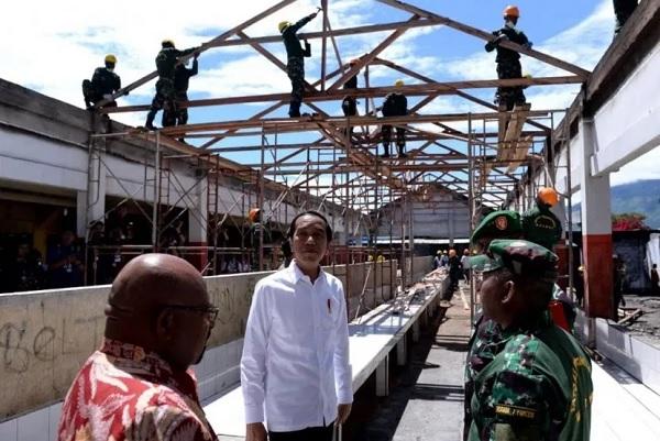 Jokowi Targetkan Rehabilitasi Pasar Wouma Rampung Dua Minggu