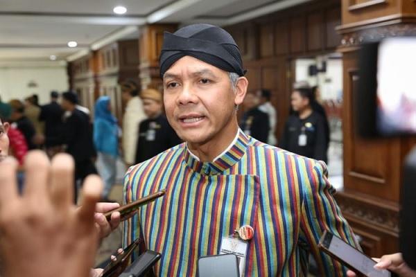 Ganjar Akan Luncurkan Bank Khusus UMKM & Petani
