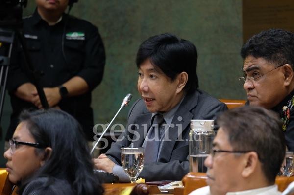 Guruh Khawatirkan Terpinggirnya Bahasa Indonesia & Daerah