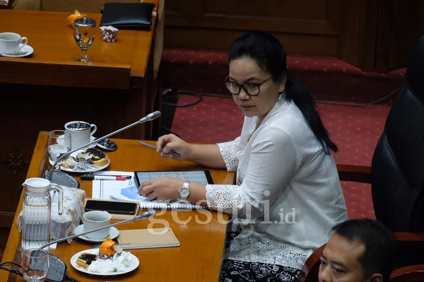 Agustina: Cabut SK Pelarangan Organisasi Ekstra Kampus!