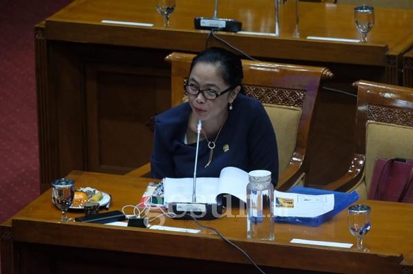 My Esti: DPR Tunggu Langkah Mendikbud Nadiem Terkait Guru
