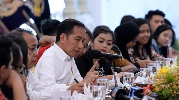 Jabatan 3 Periode? Jokowi: Lebih Baik Tak Usah Amandemen