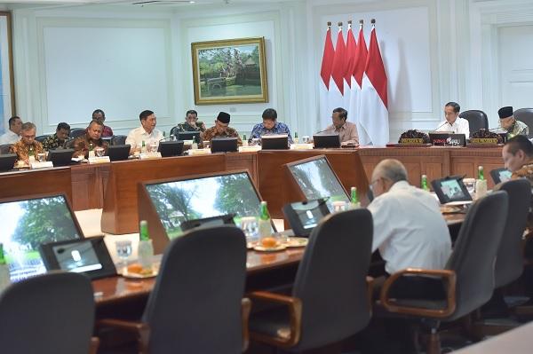 Jokowi: KUR Rp190 Triliun Harus Signifikan Bagi UMKM