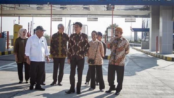 Jokowi Kecewa Rest Area Tol Masih Diisi Resto Waralaba Asing
