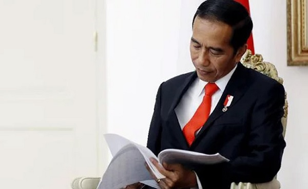Jokowi Teken PP Tenaga Teknis Kompeten di Perdagangan Jasa