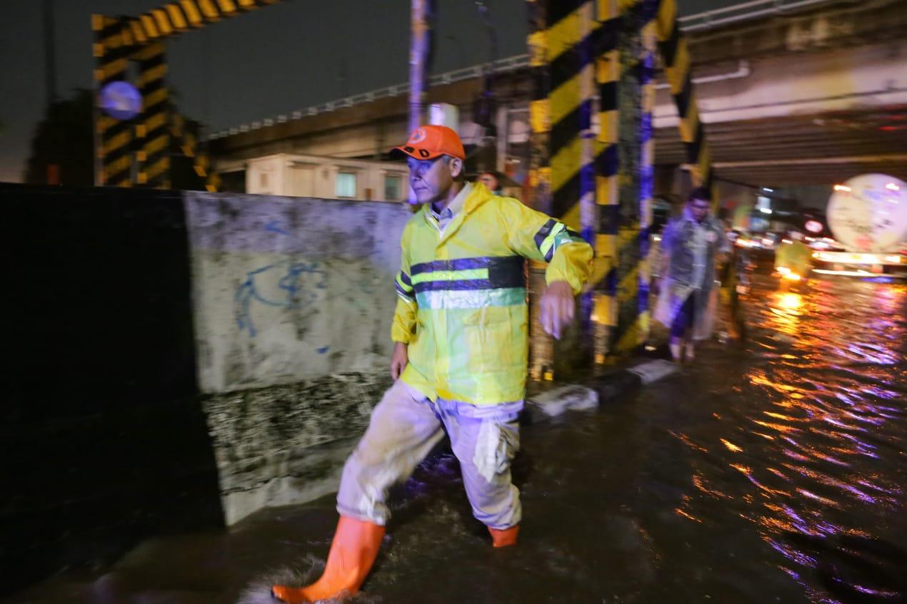 Ganjar Pantau Langsung Penanganan Banjir di Pantura
