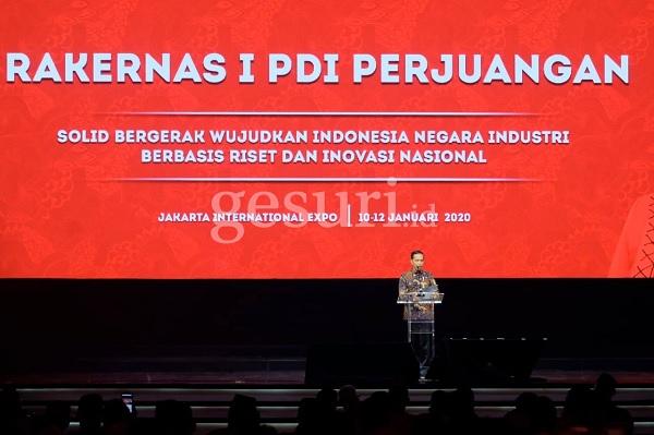 Jokowi Ingin Stop Ekspor Kopra Untuk Dijadikan Avtur