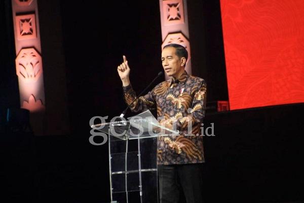 Stop Ekspor Nikel Mentah, Jokowi Ingin Bangun Mobil Listrik
