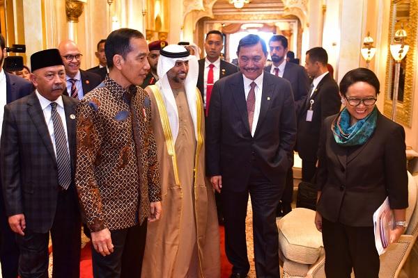 Di Abu Dhabi, Jokowi Langsung Gelar Pertemuan Bilateral