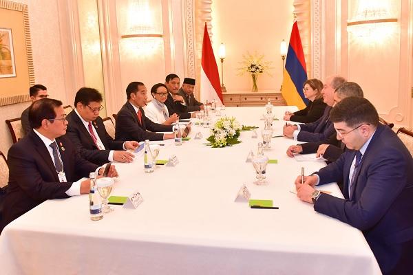 Presiden Jokowi & Armenia Bahas Soal IT dan Visa Kunjungan
