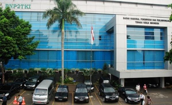 Jokowi Teken Perpres Revitalisasi BNP2TKI Jadi BP2MI