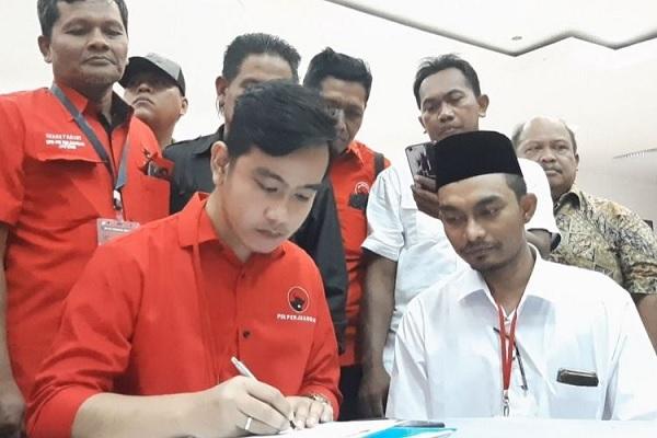 Gibran Serahkan Sepenuhnya Pada DPP Soal Wakil Wali Kota