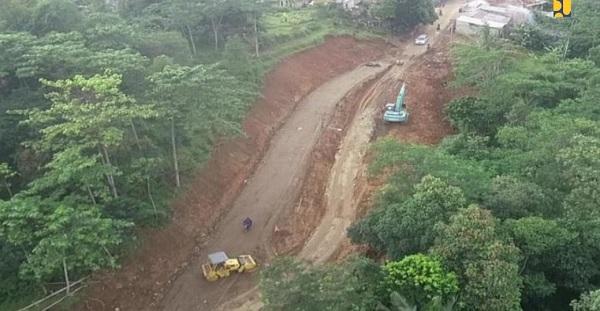 38 Titik Akses Jalan Terisolasi di Sukajaya Berhasil Dibuka
