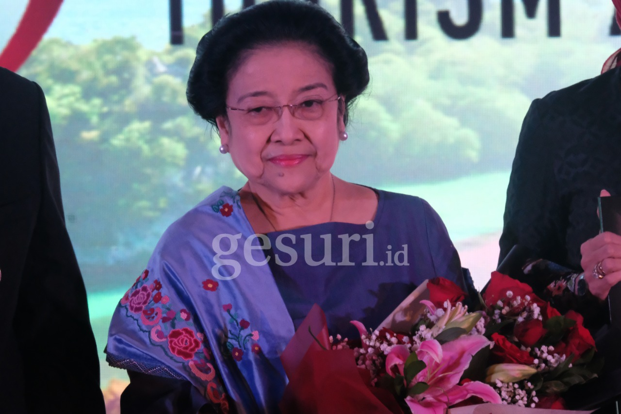 Megawati Jadikan Surabaya Laboratorium Politik