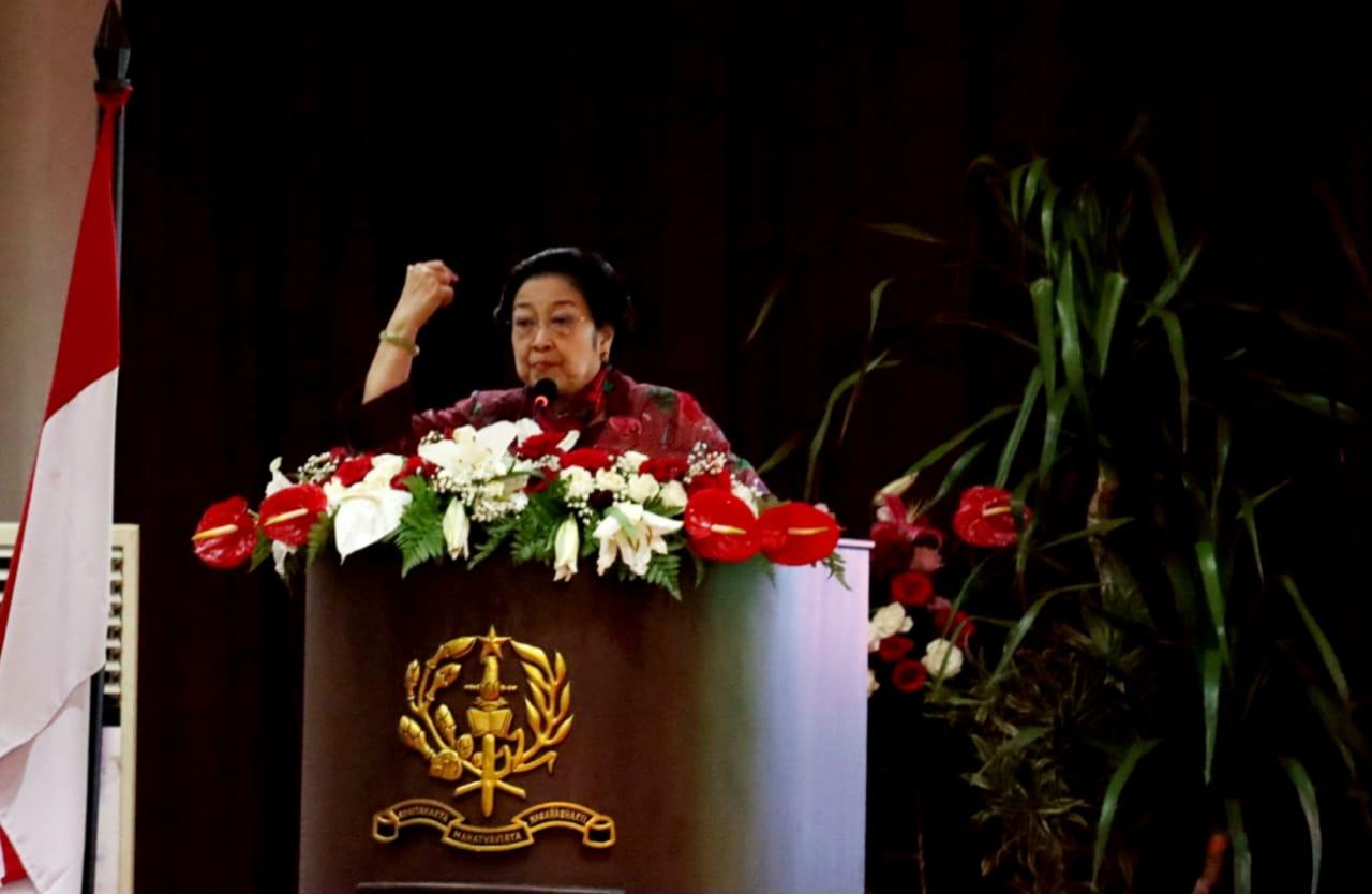 Taruna Akmil Diminta Dedikasikan Diri untuk Bela Negara