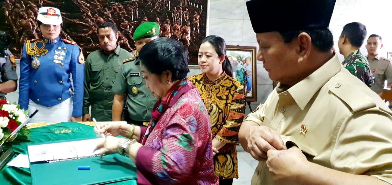Prabowo Rencanakan Hal Ini Picu Senyum Simpul Megawati