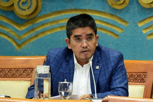 Gus Falah Persoalkan Dampak Perpres No.40/2016 Terhadap PGN