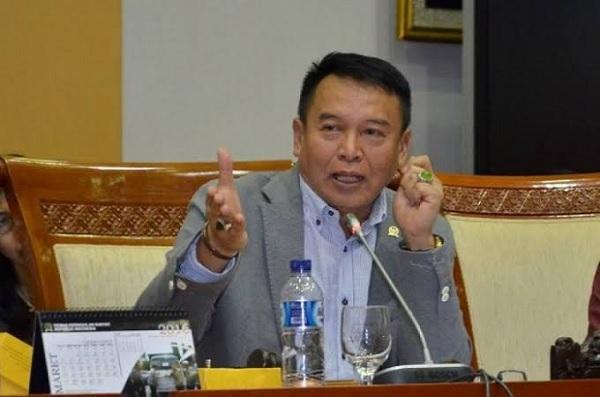 TB Hasanuddin Apresiasi Pemerintah Tolak Eks ISIS