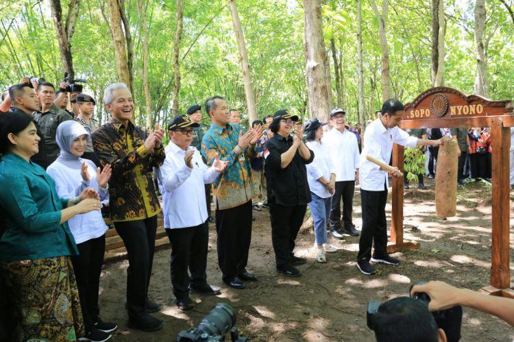 Keceriaan Warga Wonogiri Sambut Kedatangan Presiden Jokowi