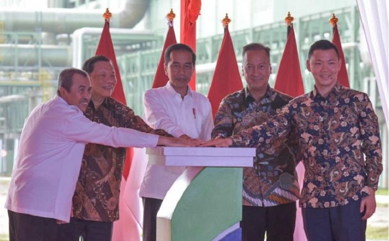 Resmikan Pabrik APR, Presiden Kagumi Teknologinya