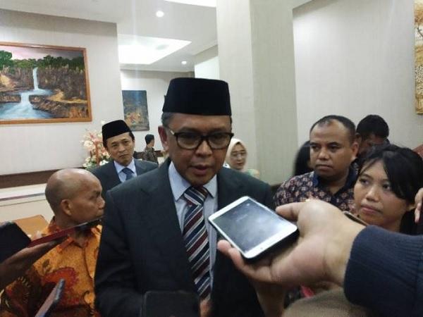 Tak Kalah Hebat, Gubernur Nurdin Abdullah Mau Bangun MRT