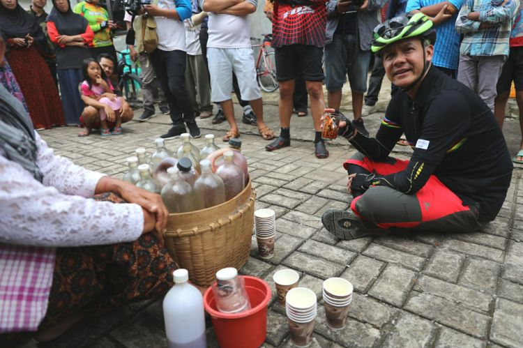 Tangkal Corona, Ganjar Ajak Masyarakat Minum Jamu