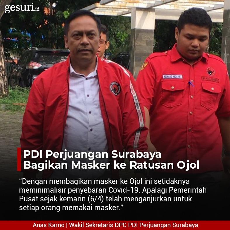 PDI Perjuangan Surabaya Bagikan Masker ke Ratusan Ojol