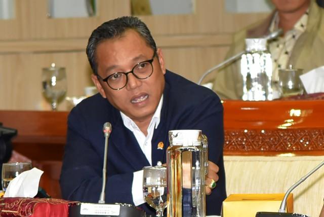 Deddy Desak BUMN Sektor Transportasi Berbenah
