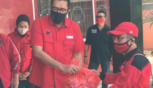 Ono Pimpin PDI Perjuangan Jabar Bagi Ribuan Paket Sembako