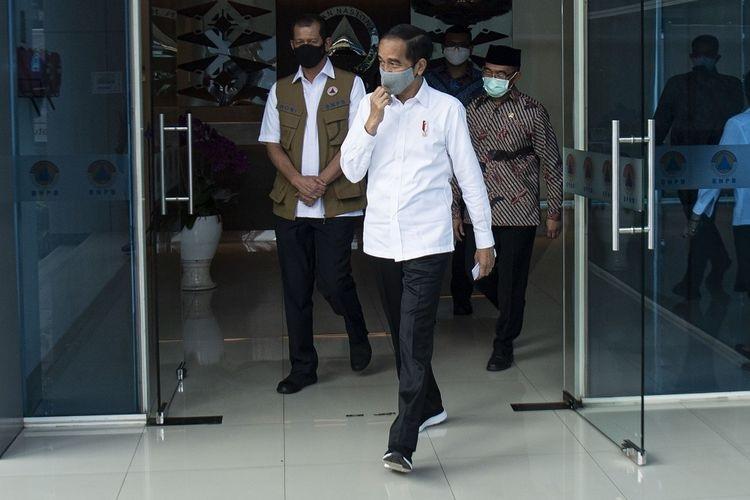 Jokowi Tinjau Posko Penanganan & Penanggulangan Covid Jatim