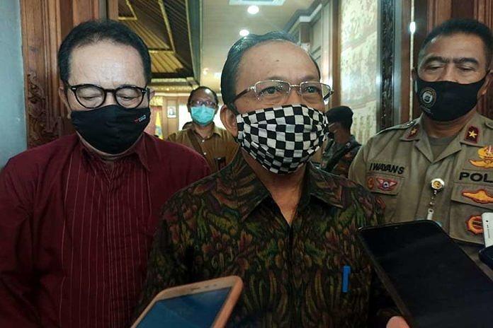 Koster Tegaskan Tak Ada Jembatan Penghubung Jawa dan Bali