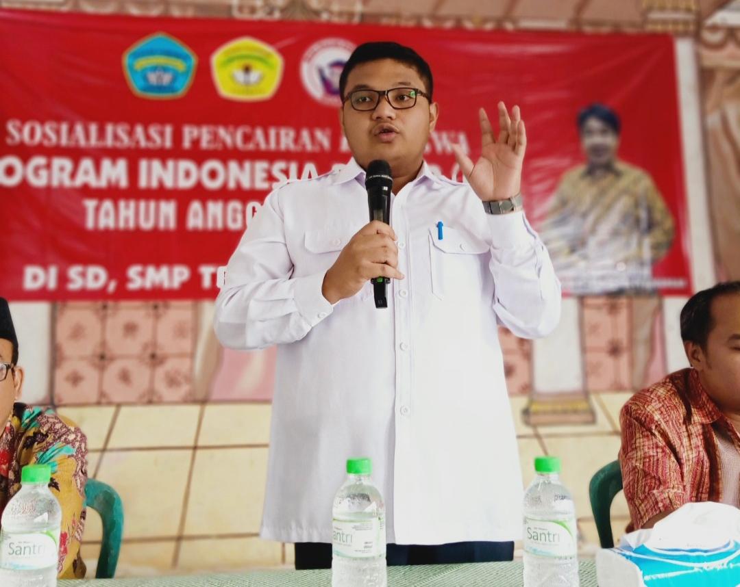 Achmad Hidayat Kritisi Pelaksanaan PPDB di Jatim