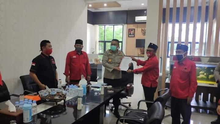 Banteng Bojonegoro Desak Polri Usut Pembakaran Bendera