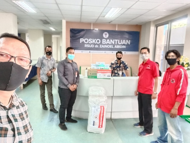 Banteng Aceh Salurkan Bantuan APD & Masker ke Dua RS Ini
