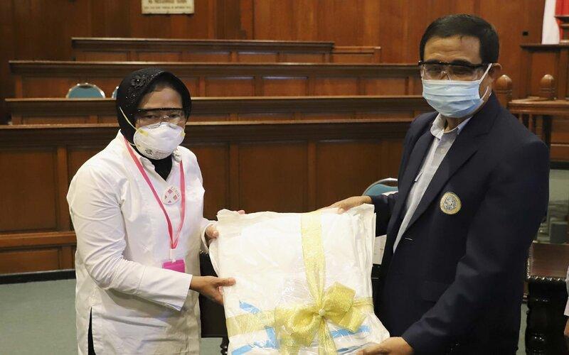 RS Kekurangan Dokter, Risma Minta Bantuan ke Unair