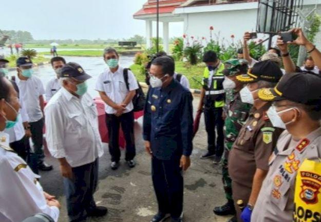 Basuki dan Nurdin Tinjau Dampak Banjir di Luwu Utara