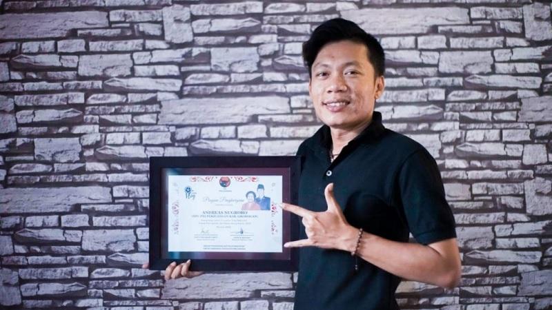 Andreas Kader PDI Perjuangan Grobogan Juara II Vlog Nasional